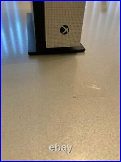 Microsoft Xbox One S Launch Edition 2TB White Console withElite Controller