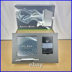 Microsoft Xbox One X 1TB Taco Bell Platinum Limited Edition with Elite Con(NIB)