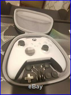 Taco Bell Platinum Xbox One X with elite controller
