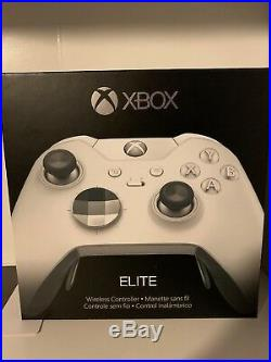 Xbox One X 1TB Robot White Console Bundle With Xbox White Elite Controller