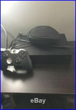 Xbox One X 1TB + Xbox Elite Controller