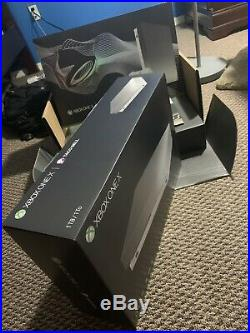 Xbox One X Platinum Taco Bell Limited Ed. Bundle BRAND NEW 1tb Elite Controller